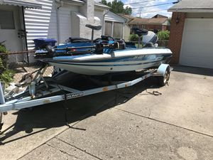 Local buyers only. Good condition boat for Sale in Westerville, OH