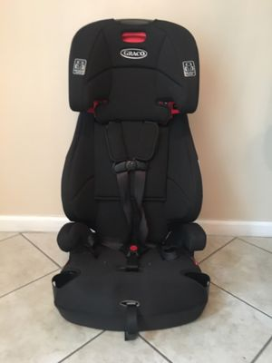 car seat / booster for Sale in Pembroke Pines, FL