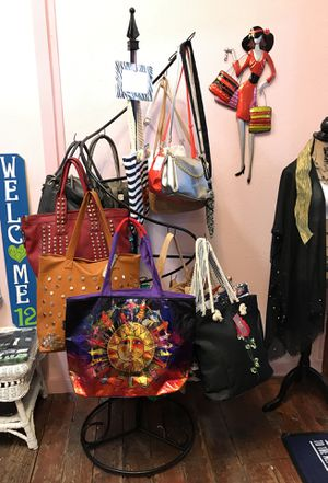 Purse rack (purses not excluded) for Sale in Tacoma, WA