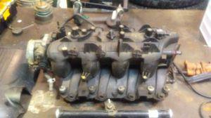 Intake manifold 04 Chevy Silverado 1500 4/8 vortex for Sale in Escalon, CA