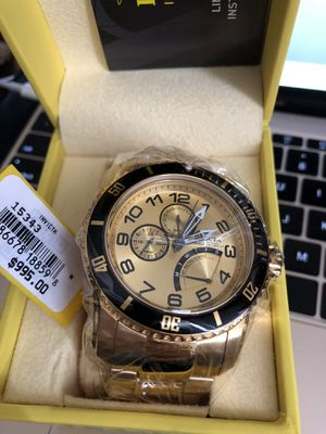 Invicta Gold Men's watch Tags On **QUICK SALE** for Sale in Winfield, IL