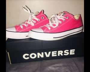 Hot pink converse for Sale in Inglewood, CA