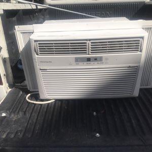 Fridigidair ac window unit for Sale in Spring, TX