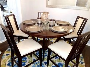 Rooms to Go Dining Room Table for Sale in Atlanta, GA
