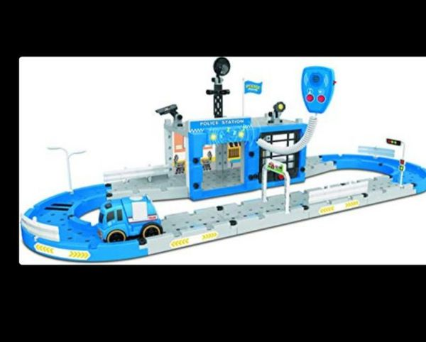 Take apart police station toy