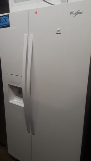 New Whirlpool side by side refrigerator ( scratch/dent) for Sale in Baltimore, MD