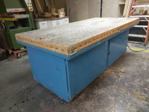 DENRAY 9600 B SERIES 4X8 DOWNDRAFT TABLE for Sale in Chicago, IL