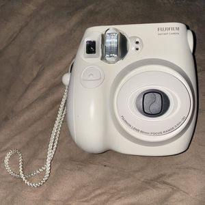instax mini 7s camera (Polaroid Camera) for Sale in Clearwater, FL