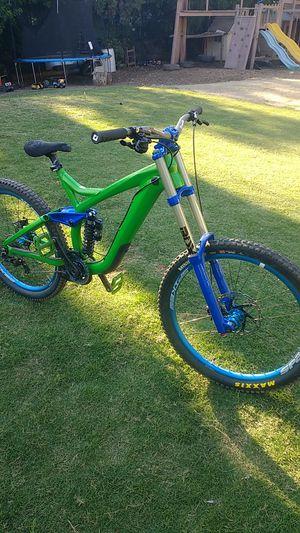 2012 trek session downhill mountain bike for Sale in La Mesa, CA