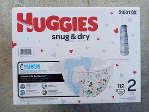 Huggies snug dry size 2/112 diapers for Sale in Gardena, CA