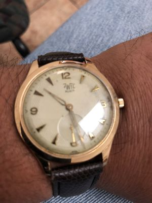 18 k hold men's watch for Sale in Chicago, IL