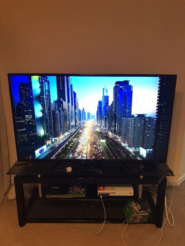 "55"" Toshiba Smart Tv"