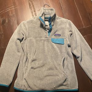Patagonia Women's Small Pullover for Sale in Edmond, OK