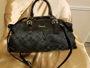 Coach doctor style bag,excellent condition for Sale in Round Rock, TX