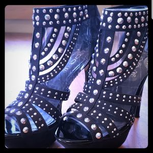 Aldo Jahns Black Studded Heels Sz8 for Sale in Leavenworth, WA