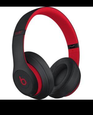 Beats studio3 wireless headphones defiant black and red for Sale in Miami, FL