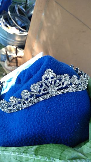 Bridal tiara for Sale in Berryville, VA