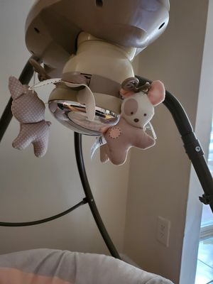 Swing by fisher-price good condition for Sale in Lilburn, GA