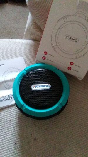 Clip Victsing Bluetooth speaker for Sale in Mechanicsburg, PA