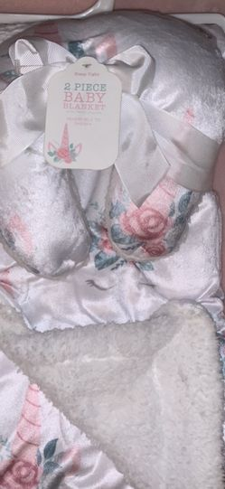 2 Piece Floral Unicorn Blanket Set for Sale in Orland Park,  IL