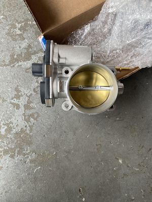 Chevy Trailblazer throttle body for Sale in Queens, NY