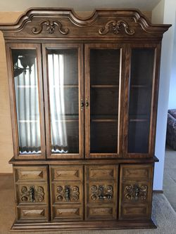 Dining Room Hutch for Sale in Salem,  OR