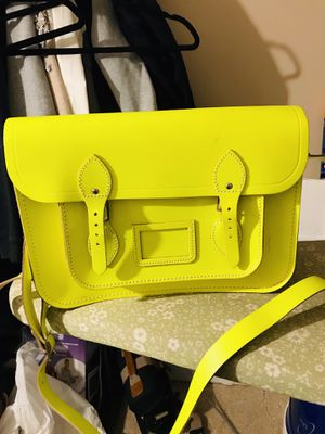 The Cambridge Company neon chartreuse Bag for Sale in Temple Hills, MD
