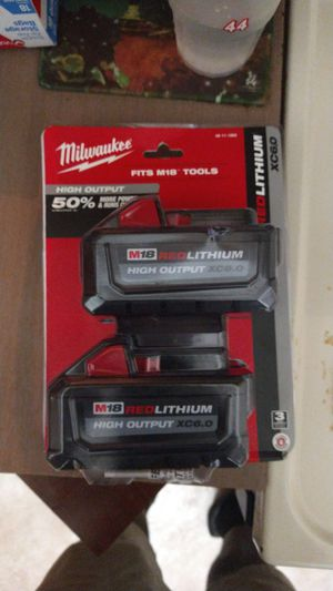 Milwaukee m18 red lithium dual pack 6.0 for Sale in Fort Lauderdale, FL