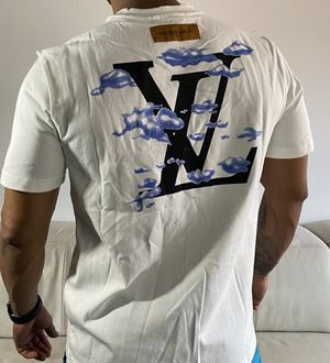 Louis Vuitton t-shirt for Sale in Tampa, FL