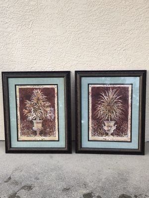 2 nice pictures for Sale in Fort Myers, FL