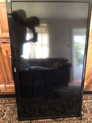Haier 50 inch tv for Sale in Harrisburg, PA