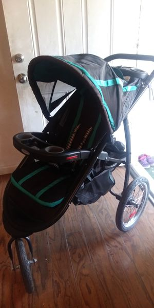 STROLLER for Sale in Beaumont, CA