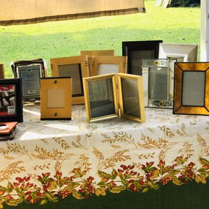 New and used 5x7 and 4x6 frames$1-$5 for Sale in La Porte, TX
