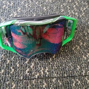 Oakley Airbrake Motocross Goggles for Sale in Garden Grove, CA