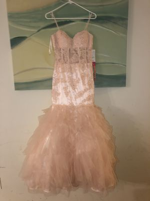Prom dress for Sale in Baltimore, MD