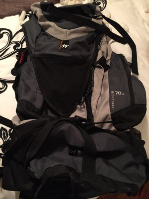 Quechua Forclaz 70air Backpack for Sale in Saint Louis, MO