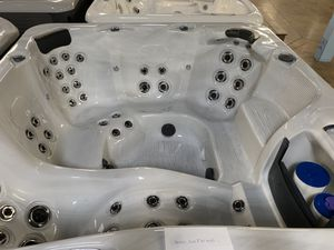 Hot Tub for Sale in Anaheim, CA