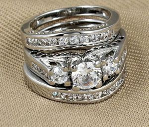 Gorgeous!!! 925 stamped Sterling Silver Brilliant White Sapphires Engagement/Wedding Ring💍 Sz7 for Sale in Wood Dale, IL