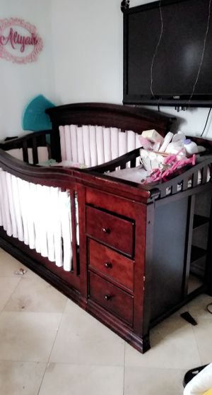 Hardly used CRIB. for Sale in Upland, CA