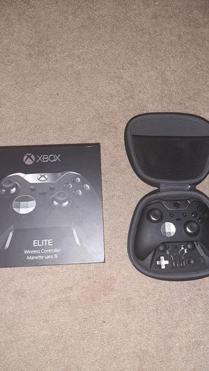 Xbox one Elite Series 1 100$ with box for Sale in Brunswick, OH