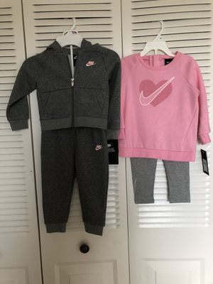 Nike's 2 sweat suits 2T for Sale in Hollywood, FL
