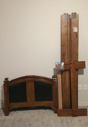Twin bed frame set for Sale in Orlando, FL