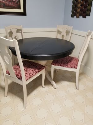 Table/Chairs for Sale in Newton, MA
