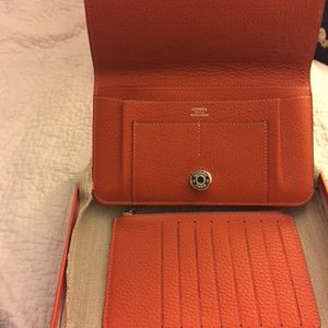 Hermès Combo Wallet for Sale in Potomac, MD