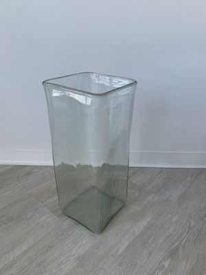 """Glass vase 15"""" for Sale in Chicago, IL"""