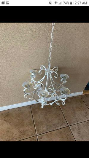 Candle esta Nuevo es de metal para colgarse en donde guste o para decorasion de su fiesta nuevos for Sale in Fontana, CA