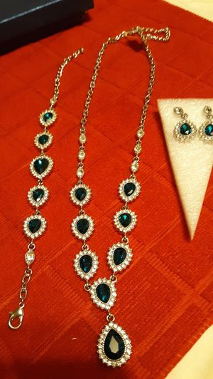 3 PC Necklace, Earrings and bracelet set for Sale in Webster, MA