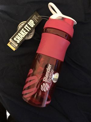 Blender Bottle(w/ tags never used) for Sale in San Diego, CA