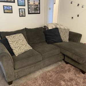 L Shape Soca Couch for Sale in San Diego, CA
