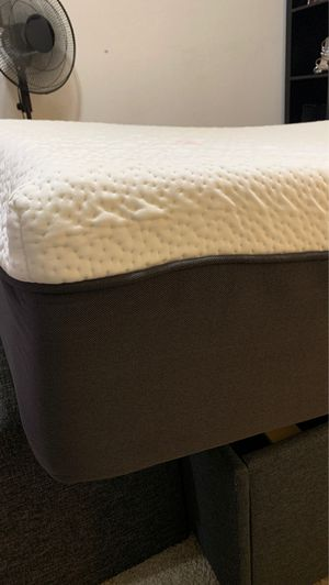 Twin Memory Foam Mattress with Base for Sale in Fresno, CA